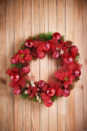 Very Large Luxury Red wreath - 22""