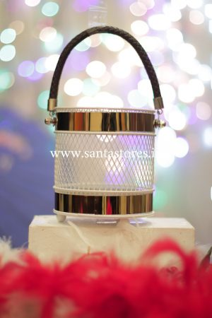 Netted Thread Lantern